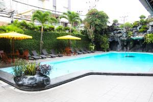 Piscine de l'établissement Puri Artha Hotel ou située à proximité