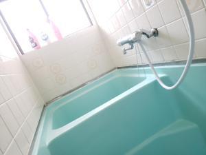 A bathroom at Color Ebie