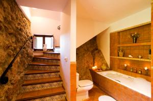 Łazienka w obiekcie Hotel Sa Vall