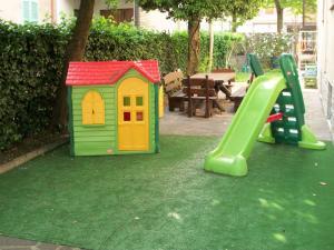Area giochi per bambini di Hotel Pierina