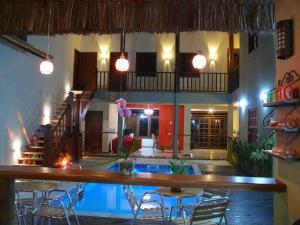 A piscina localizada em Pousada Don Juan ou nos arredores
