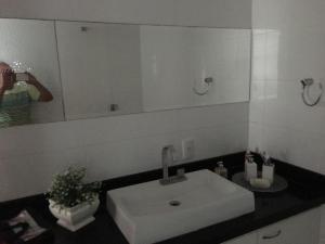A bathroom at Excelente apartamento 3 quartos gigante, otima localizacao