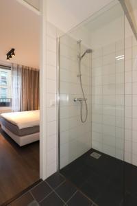 Een badkamer bij 32 De Overtoom