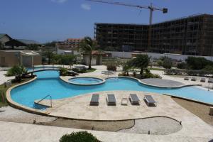 A piscina localizada em Oasis 9, J.E. Irausquin 242 ou nos arredores