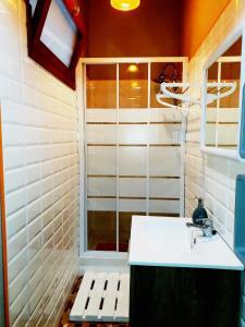 A bathroom at Casa Telégrafos