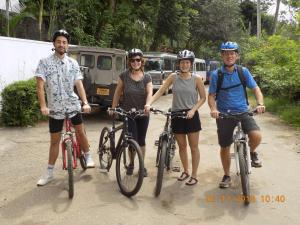 Cycling at or in the surroundings of Elipitiya Walauwa