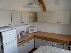 Küche/Küchenzeile in der Unterkunft Ferienwohnung Tollert