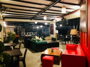 The lounge or bar area at Hometown Hotel - Lacson Bacolod