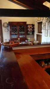 A restaurant or other place to eat at La Rovaia, natura arte e terra del prosecco a pochi minuti da Asolo