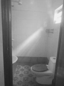 A bathroom at Hotel Bisons
