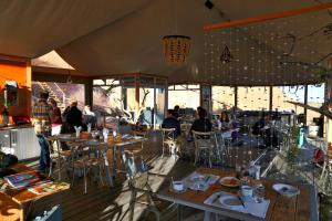 A restaurant or other place to eat at Spitzkoppen Lodge