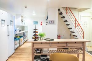 A kitchen or kitchenette at Reykjavik Downtown HI Hostel