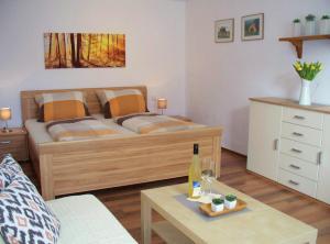 Ein Bett oder Betten in einem Zimmer der Unterkunft Pension Stern