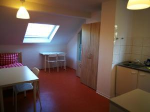A kitchen or kitchenette at Home at Friends' - City - Zu Hause bei Freunden