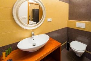 Elen's Apartments Prague - FREE garage parking 욕실
