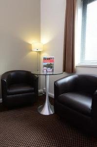 A seating area at International Hotel Telford