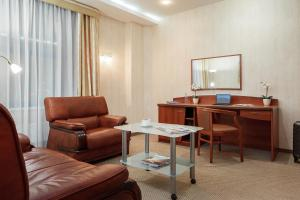 A seating area at Hotel Nikol