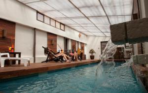 La pileta dentro o cerca de Hotel Jardines de Uyuni