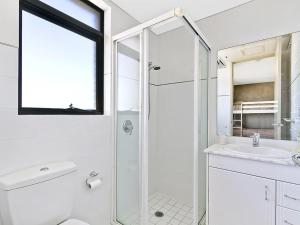 A bathroom at Crystal Views 24