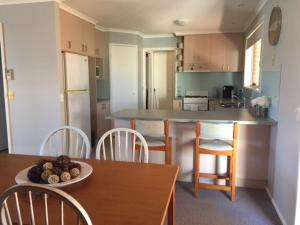 A kitchen or kitchenette at Mint Accommodation - Bridget & Rachel