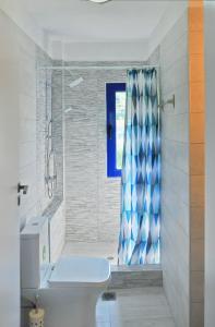 A bathroom at Villa Chrysi