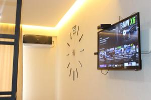 A television and/or entertainment center at Apartment Kutaisi