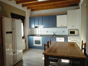A kitchen or kitchenette at Casa rural La Franca