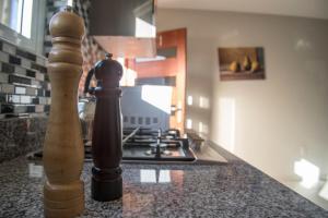 A cozinha ou cozinha compacta de Joy apartments Grote Berg! Close to the best beaches