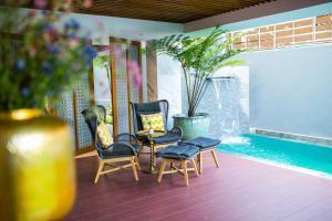 The swimming pool at or near Lavana Hotel Chiangmai