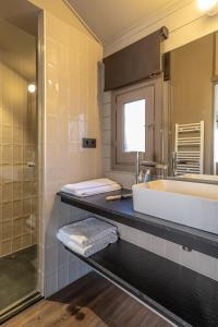 Een badkamer bij Bungalows Stel-Puigcerdà
