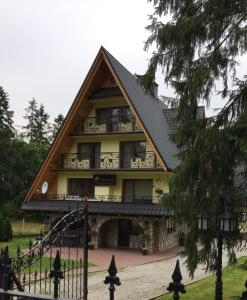 Budynek, w którym mieści się kwatera prywatna