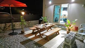 プレミアムコテージ コンフォート沖縄にあるレストランまたは飲食店