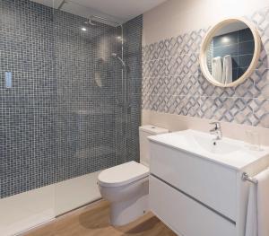 A bathroom at Paradis Blau Boutique Hotel