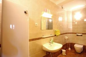 A bathroom at Julijana