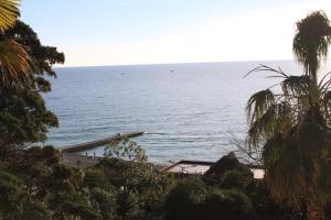 Общий вид на море или вид на море из дома для отпуска