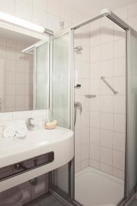 Ein Badezimmer in der Unterkunft Hotel Seeblick