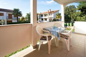 A balcony or terrace at Elena