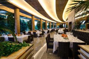 A restaurant or other place to eat at Gloria Serenity Resort