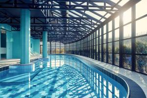 A piscina localizada em Corendon Village Hotel Amsterdam ou nos arredores