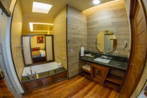 Una cocina o zona de cocina en Baldi Hot Springs Hotel & Spa
