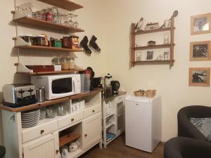 A kitchen or kitchenette at Le Gîte du Lautaret