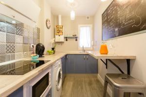 Una cocina o zona de cocina en Apartamento Mar de Cadiz