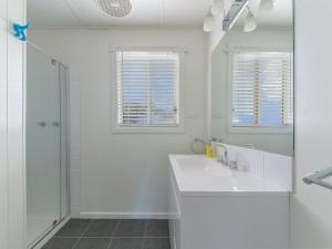 A bathroom at 63 Marlin Street, Smiths Beach