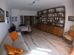 Biblioteca nell'affittacamere