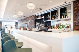The lounge or bar area at Hampton By Hilton Stockton On Tees