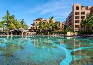 The swimming pool at or near Villa del Palmar at the Islands of Loreto
