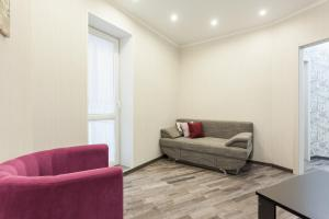A seating area at Apartment on Oktyabrskaya