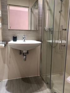 Ein Badezimmer in der Unterkunft Urban Stay Salzburg City
