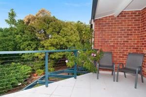 A balcony or terrace at Calinda Sol 7 Byron Bay