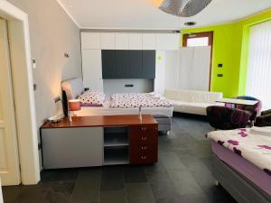 A bed or beds in a room at Apartment Sejko